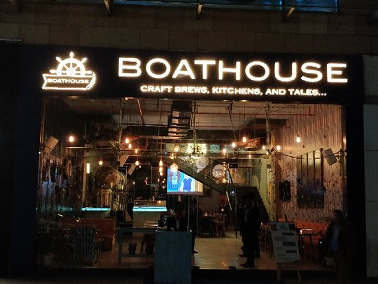 The purpose of image is to describe the Boathouse, where we can get beer in Chandigarh