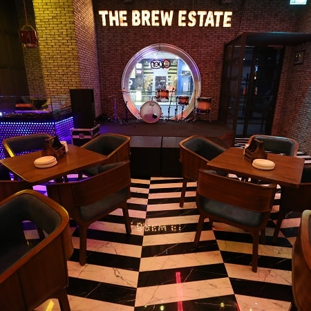 Image describe the Brew Estate where we can get best beer and it is located in Chandigarh